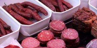 Η υπερβολική κατανάλωση κρέατος αυξάνει τον κίνδυνο εγκεφαλικού