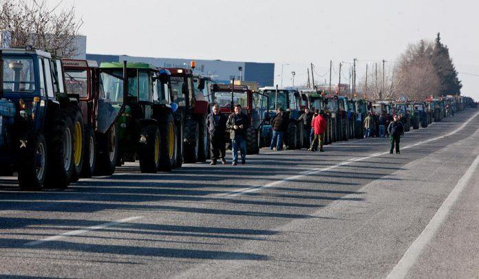 Σε εξέλιξη οι κινητοποιήσεις αγροτών σε Αχαΐα, Ηλεία και Αιτωλοακαρνανία
