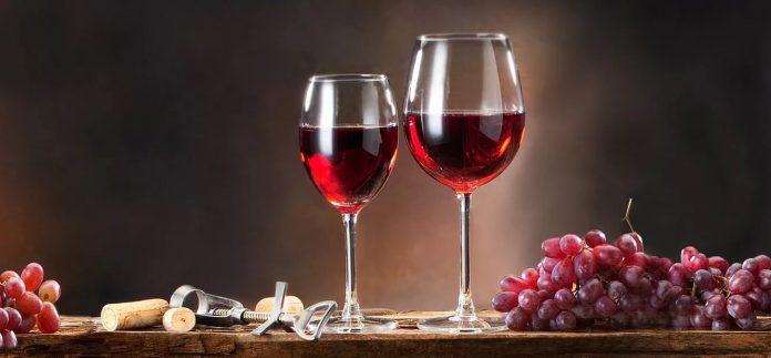 Αντιδρά ο κλάδος παραγωγής ποτών, αποσταγμάτων και οίνων στο ν/σ για το υπαίθριο εμπόριο
