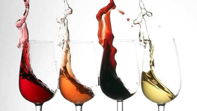 Ειδικός φόρος στο κρασί: Στο απόσπασµα και οι οινοπαραγωγοί