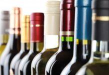 ΣΔΟΕ: Εννέα συλλήψεις για κύκλωμα λαθρεμπορίου και νοθείας αλκοολούχων ποτών