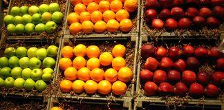 Δέσμευση φρούτων σε επιχείρηση στου Ρέντη