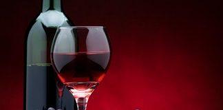 Τι ισχύει κατά την ανάκληση φορολογικών αποθηκών οίνου για επιστροφή εγγυήσεων και καταβολή ΦΠΑ