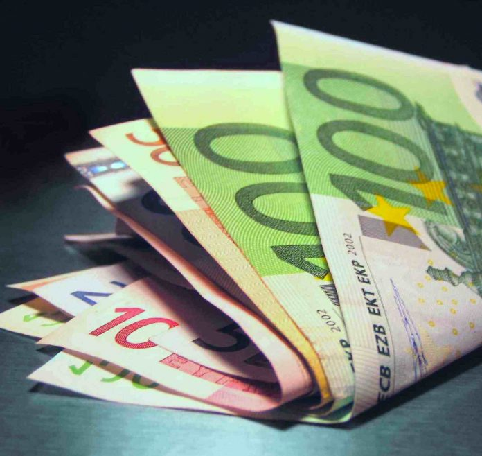 Ενίσχυση 1.000 ευρώ ανά άνεργο πρώην εργαζόμενο της ΈΑΣ Λιβαδειάς και της «Καπνική Α. Μιχαηλίδης ΑΕ»
