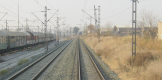 Πρόβλημα για τις εξαγωγές η έλλειψη σιδηροδρόμου