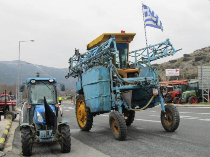 Κλείνουν τα Τέμπη επ' αόριστον οι αγρότες