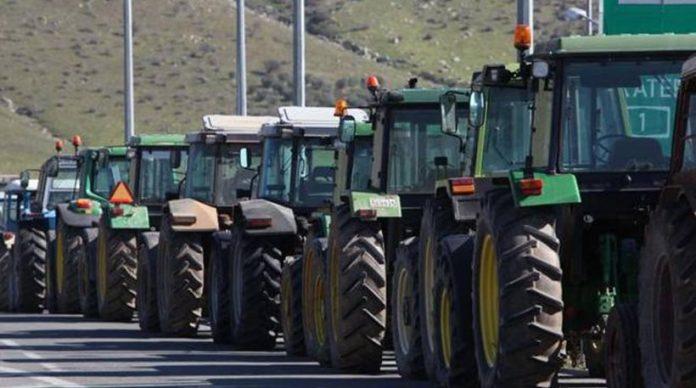 Κλιμακώνουν τον αγώνα οι αγρότες