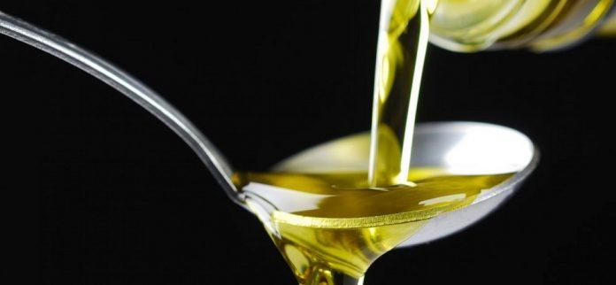 Αύξηση στο ελαιόλαδο, μείωση στις επιτραπέζιες ελιές προβλέπει το IOC για την Ελλάδα