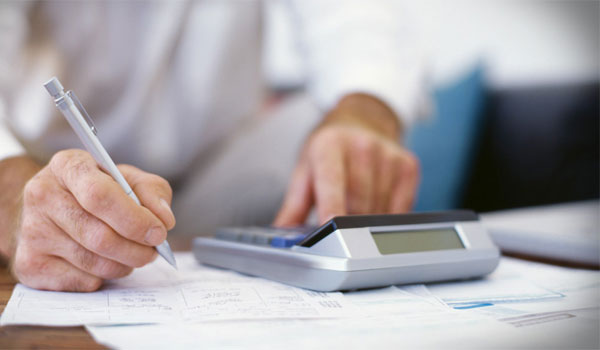 Ξανά στο τραπέζι η ενιαία φορολογική κλίμακα για όλα τα εισοδήματα