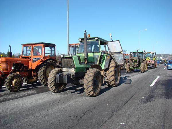 Αποκλεισμούς δρόμων σε Φθιώτιδα και Βοιωτία