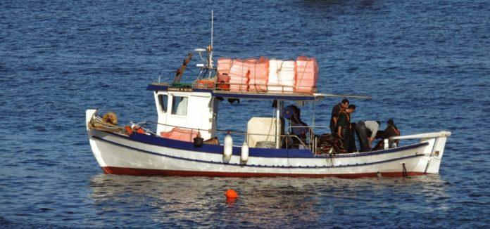 Νεκρός ανασύρθηκε 40χρονος αλιέας από τη θαλάσσια περιοχή Λουτρακίου