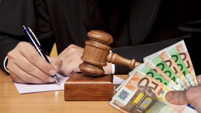 Ακατάσχετο λογαριασμό για επιχειρήσεις προανήγγειλε ο Αλεξιάδης