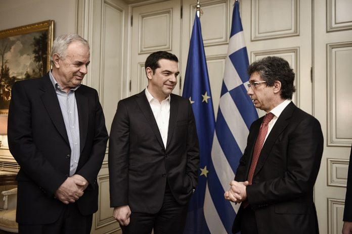 Συμφωνία με Philip Morris για την απορρόφηση 30.000 τόνων ελληνικού καπνού έως το 2018