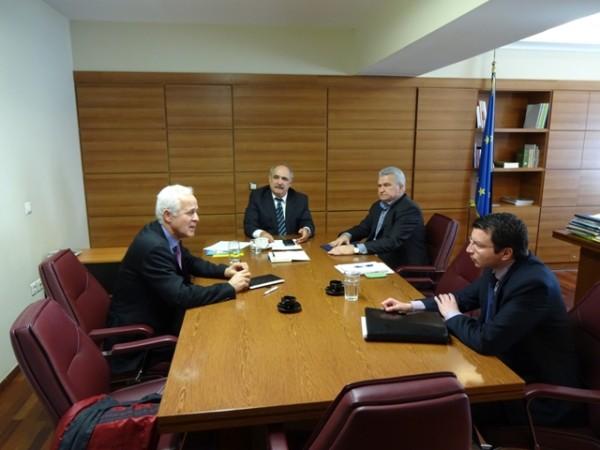 Συνάντηση Μπόλαρη με τη Μακεδονική Γαλακτοβιομηχανία ΚΡΙ-ΚΡΙ