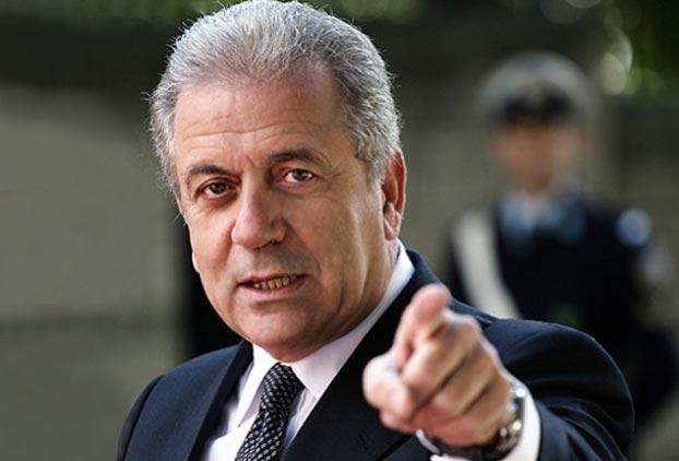 Αβραμόπουλος: Η ΕΕ έχει δέκα μέρες, αλλιώς η Σένγκεν καταρρέει