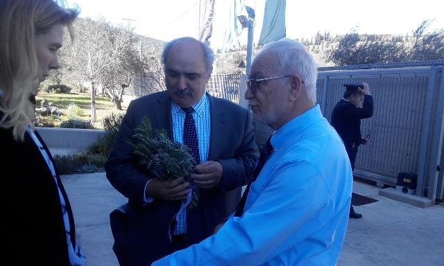 Επίσκεψη Μ. Μπόλαρη στις εγκαταστάσεις της APIVITA