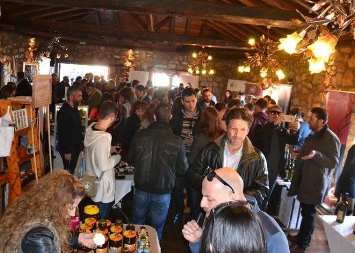 Πλήθος κόσμου στη «Γιορτή Κρασιού» στο Ελατοχώρι