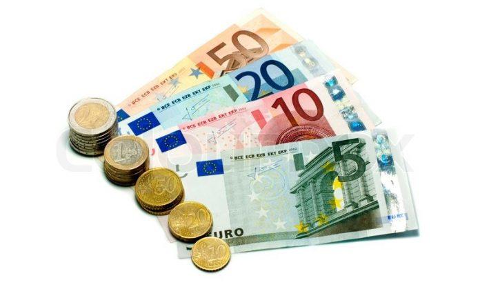 Επιστροφή ΦΠΑ εντός 30 ημερών υπόσχεται στους αγρότες το υπουργείο Οικονομικών