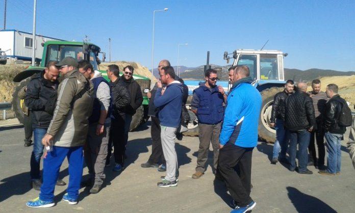 Κομοτηνή: Οι αγρότες έκλεισαν την συνοριακή διάβαση Νυμφαίας-Μακάζα