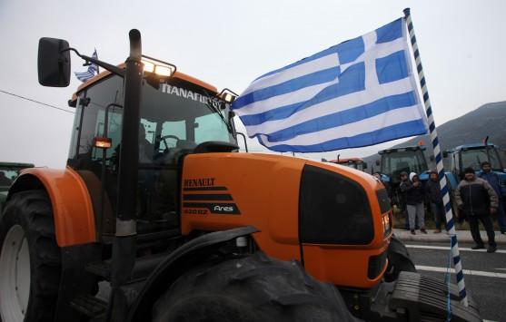 Συγκέντρωση αγροτών με τρακτέρ στην Αγιά της Λάρισας