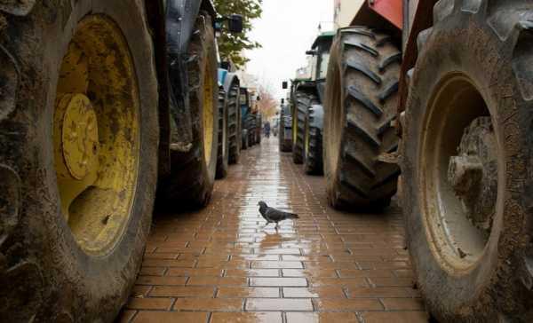 Αγροτικό συλλαλητήριο την Δευτέρα 5/12 στην κεντρική πλατεία των Τρικάλων