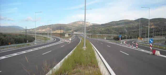 Αφαιρέθηκαν 40 χλμ. καλωδίου από το δίκτυο ηλεκτροφωτισμού του οδικού δικτύου Ηλείας