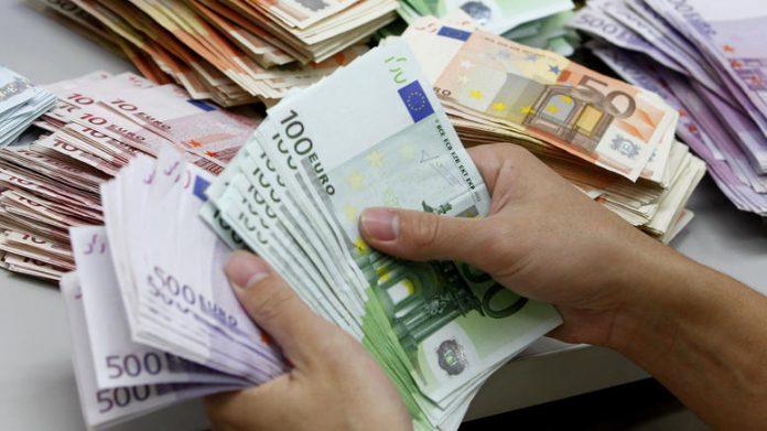 Ζητάει πίσω η Ε.Ε. το πακέτο Χατζηγάκη (425 εκατ. ευρώ)