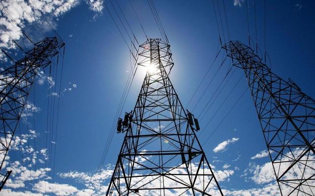 Η αγορά ενέργειας και το κτηματολόγιο στο επίκεντρο της συνάντησης Σκουρλέτη - Θεσμών