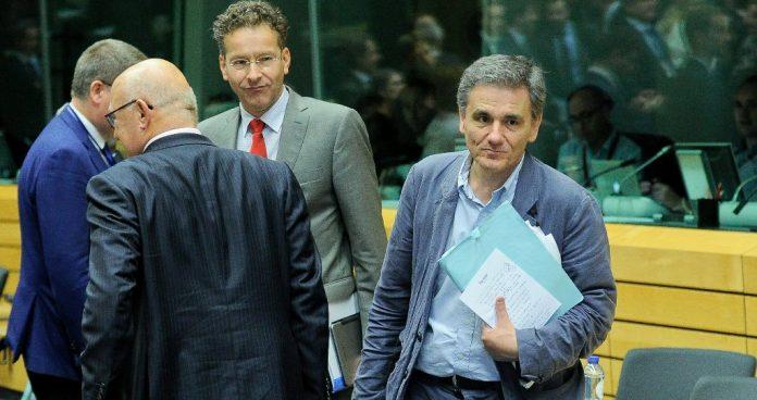 Κληρώνει στις Βρυξέλλες για την επιστροφή των θεσμών