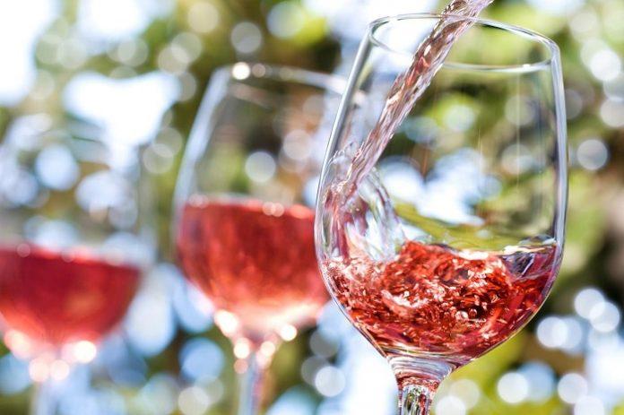 Γαλλία: Ρεκόρ παραγωγής κρασιού το 2018, αλλά μείωση της κατανάλωσης