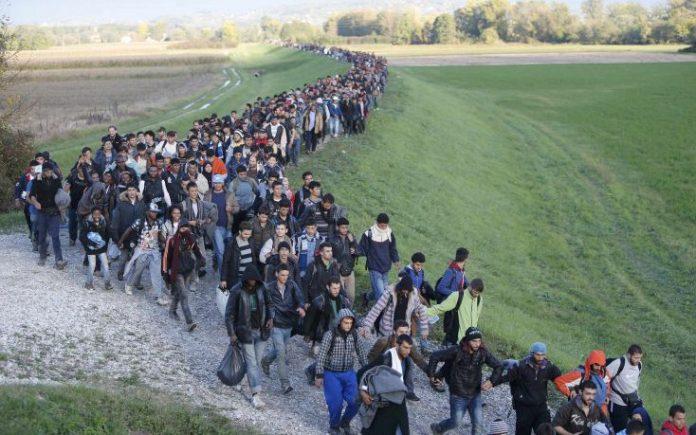 Άμεση εκταμίευση 100 εκατ. ευρώ από την ΕΕ για την ανθρωπιστική βοήθεια που θα σταλεί στην Ελλάδα