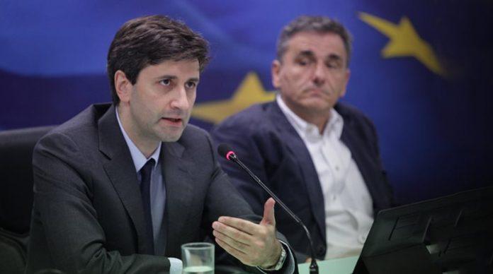 Πρωτογενές πλεόνασμα 0,2% για το 2015 αναμένει ο Χουλιαράκης