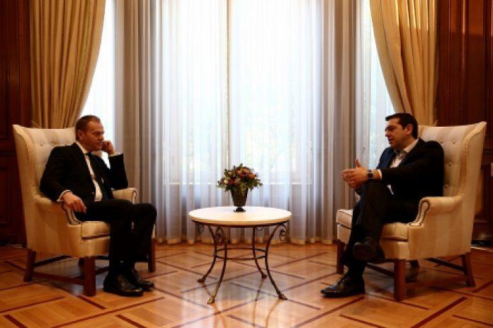 Συνάντηση Τσίπρα – Τουσκ: Να τηρηθούν οι αποφάσεις του Ευρωπαϊκού Συμβουλίου