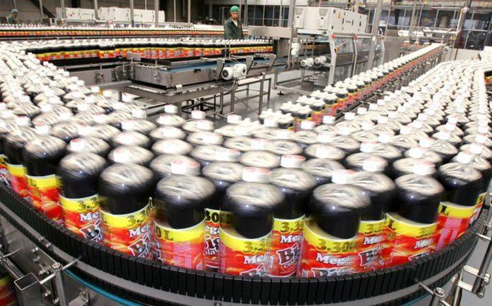 Βρετανία: Mηνύσεις για το φόρο ζάχαρης στα αναψυκτικά