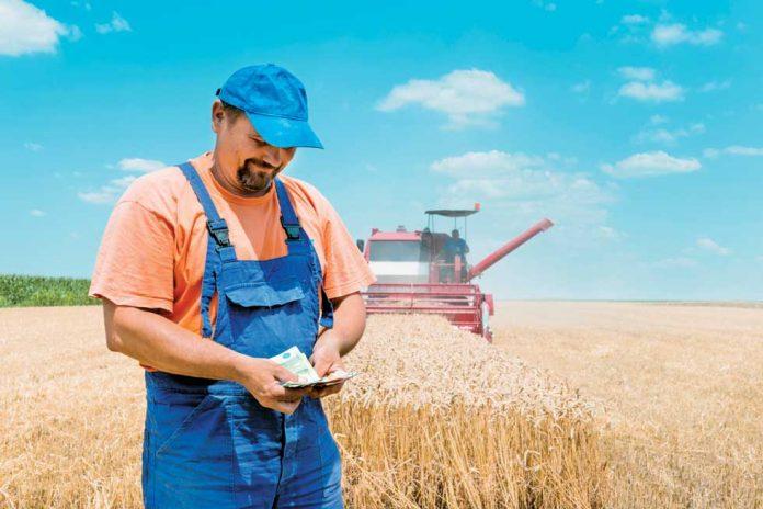 Από 22% με αφορολόγητο 9.100 ο φόρος στους αγρότες