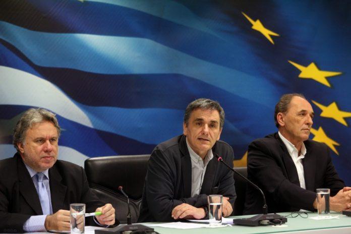 Τσακαλώτος: Η κυβέρνηση θα αποφασίσει πως θα επιτευχθούν οι στόχοι του μνημονίου