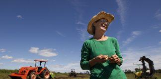 νέες αγρότισσες Υπέρ της επιχειρηματικότητας