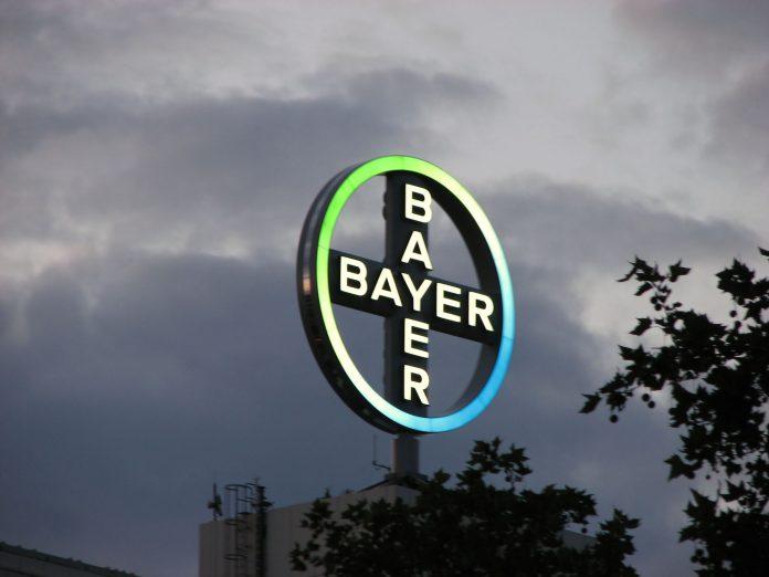 Η Bayer «ψήνει» πρόταση 40 δισ. δολ. για εξαγορά της Monsanto