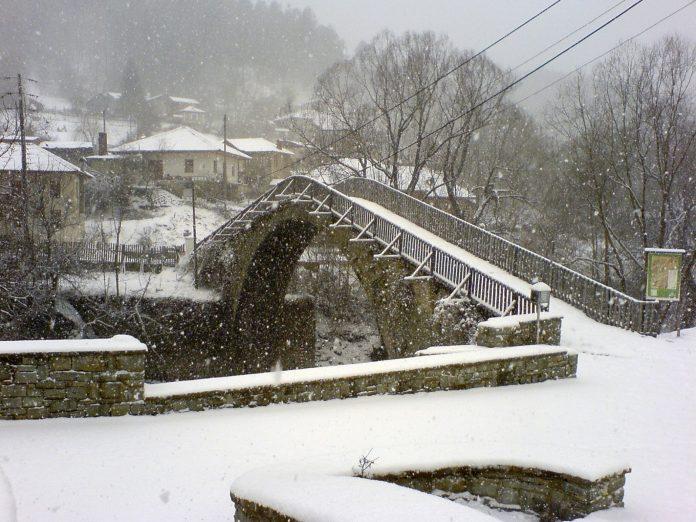 Χιόνια στα ορεινά της Ηπείρου και χαμηλές θερμοκρασίες