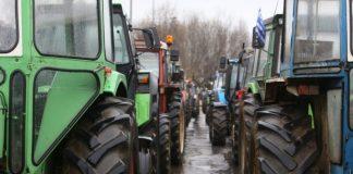 Νέοι αποκλεισμοί από αγρότες της κεντρικής Μακεδονίας αν δεν οριστεί ακριβής ημερομηνία συνάντησής τους με τον πρωθυπουργό