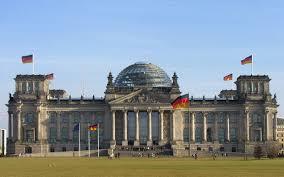 Ξεκλείδωσε η δόση μετά το «ναι» της Bundestag