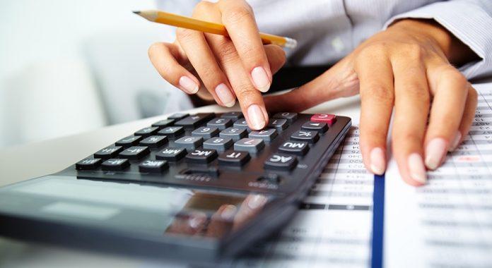 Στα 25.000 ευρώ το όριο απαλλαγής από το καθεστώς ΦΠΑ