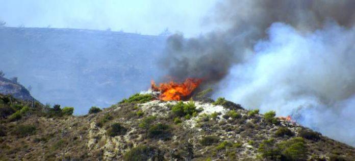 Στη Ρόδο την Τρίτη ο Β. Αποστόλου για τις πυρκαγιές