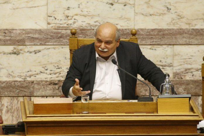 Κλίμα εκφοβισμού για το Μακεδονικό καταγγέλλουν Βούτσης – βουλευτές συνταγματικού τόξου