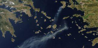 Φωτογραφία από NASA: Ο καπνός από τη φωτιά στη Χίο έφτασε στη Κρήτη