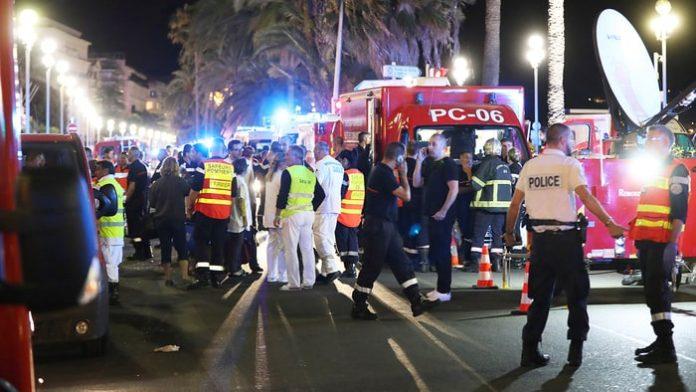 Γαλλία: Τουλάχιστον 80 νεκροί στην επίθεση στη Νίκαια