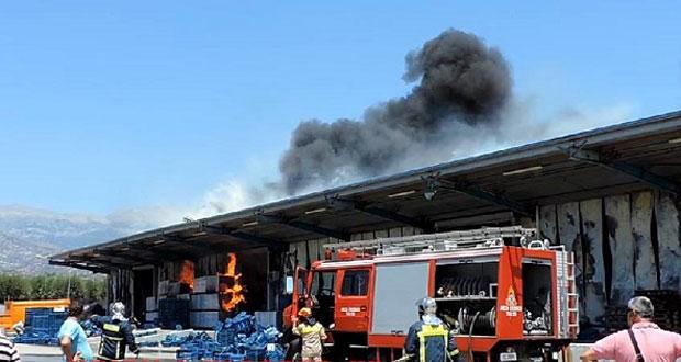 Τυμπάκι: Καταστράφηκε από την πυρκαγιά το συσκευαστήριο αγροτικών προϊόντων