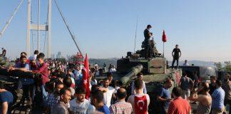 Ο Ρ.Τ. Ερντογάν ελέγχει την κατάσταση. 161 νεκροί και 1.440 οι τραυματίες (upd)