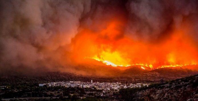 Χίος: Φλέγεται και πάλι το νησί του Βορείου Αιγαίου