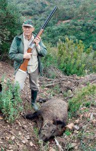ΑΓΡΙΟΧΟΙΡΟΙ ΚΑΙ ΛΑΓΟΙ: Δύσκολα κυνήγια